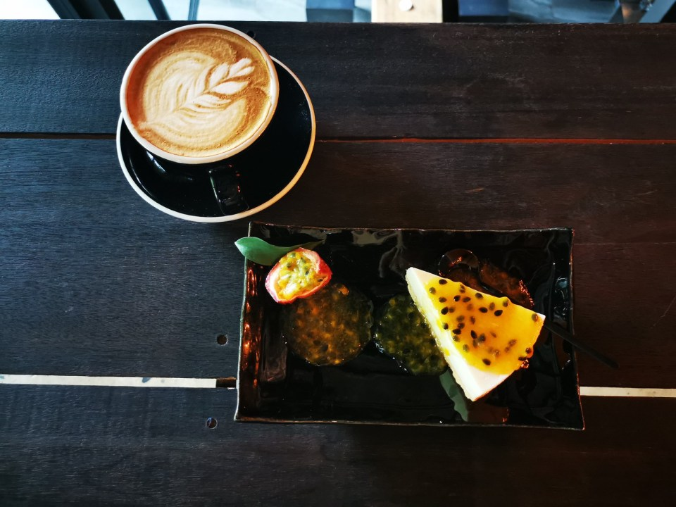 Cake and coffee at Boonma