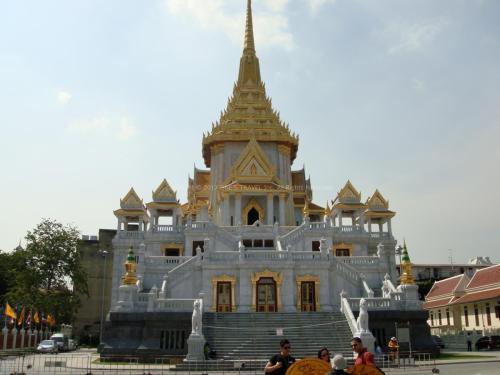 ワットトライミット(黄金仏寺院)