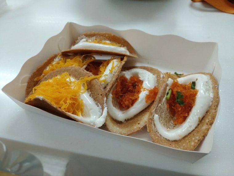 Khanom Buang Bangkok food dessert