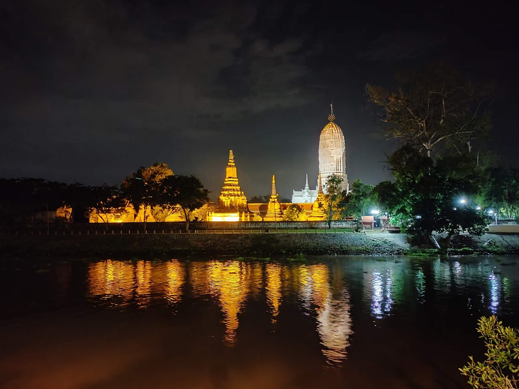 Ayutthaya: Touring the Temples in Thailand's old capital 2