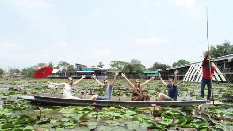 Red Lotus Floating Market: a vibrant day trip from Bangkok 7