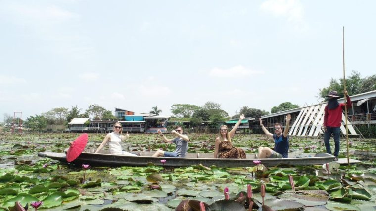 Red Lotus Floating Market: a vibrant day trip from Bangkok 5