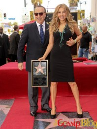Thalia-Honored-with-a-Star-on-the-Hollywood-Walk-of-Fame-1