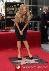 thalia-thalia-is-honored-with-a-star_3983165