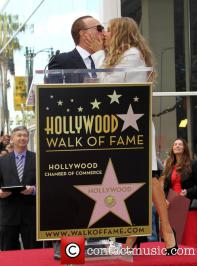 tommy-mottola-thalia-thalia-is-honored-with-a_3983287