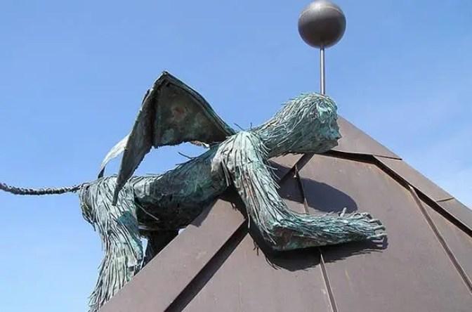 burlington winged flying monkey sculpture 3