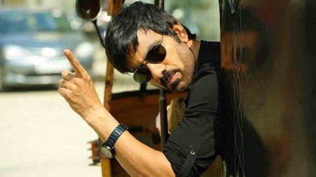 Ravi Teja's new 'Krack' and 'Theri' remake clarification - Ravi Teja-  Krack- Theri- Remake- Shruthi Haasan- Varalaxmi Sarathkumar- Samuthirakani    Thandoratimes.com  