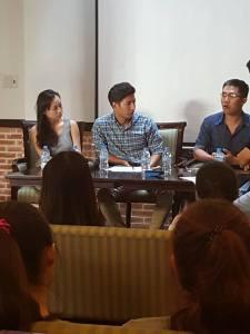 03 khách mời từ trái sang: Hoàng Xuân Thảo, Phan Khắc Ngọc, Nguyễn Minh Nhật