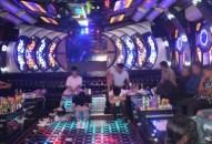 """""""Bay lắc"""" trong quán Karaoke"""