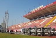 Cổ động viên Hải Phòng tiếp lửa cho đội tuyển bóng đá Việt Nam qua màn hình 180 m2 trên SVĐ Lạch Tray