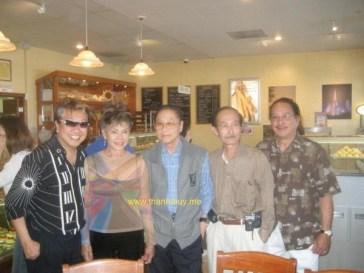 Trần Quốc Bảo, Kim Vui, Lê Hoàng Hoa, Ngọc Hoài Phương, Trần Quang (Photo: MC Trần Quốc Bảo cung cấp)