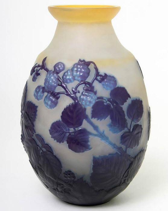 Art Nouveau Cameo Vase by Èmile Gallè ca.1900