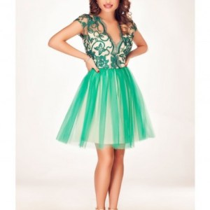 rochie verde din tull si dantela eleganta.