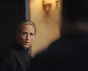 """BONES:  Guest star Kim Raver in the """"The Loyalty in the Lie"""" season premiere of BONES airing Thursday, Oct. 1 (8:00-9:00 PM ET/PT) on FOX.  ©2015 Fox Broadcasting Co.  Cr:  Ray Mickshaw/FOX"""
