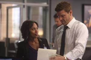 """SLEEPY HOLLOW: L-R: Nicole Beharie and guest star David Boreanaz of BONES in the ÒDead Men Tell No Tales"""" episode of SLEEPY HOLLOW airing Thursday, Oct. 29 (9:00-10PM ET/PT) on FOX. ©2015 Fox Broadcasting Co. Cr: Tina Rowden/FOX."""