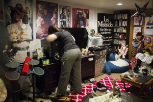 Setting up Callie's basement (Courtesy Pencil Ink Productions)