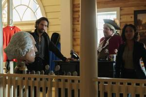 """SLEEPY HOLLOW: Ichabod Crane (Tom Mison, L) and Abbie (Nicole Beharie, R) try to come up with a plan in the """"I, Witness"""" season two premiere episode of SLEEPY HOLLOW airing Monday, Oct. 1 (9:00-10:00 PM ET/PT) on FOX. ©2014 Fox Broadcasting Co. CR: Tina Rowden/FOX"""