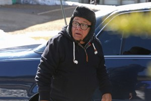 """IT'S ALWAYS SUNNY IN PHILADELPHIA -- """"The Gang Hits The Slopes"""" -- Episode 1103 (Airs Wednesday, January 20, 10:00 pm e/p) Pictured: Danny DeVito as Frank. CR: Patrick McElhenney/FX"""