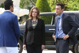 "BONES: L-R: Guest star Gilles Marini, Emily Deschanel and John Boyd in the ""The Jewel In the Crown"" episode of BONES airing Thursday, July 14 (8:00-9:00 PM ET/PT) on FOX. ©2016 Fox Broadcasting Co. Cr: Patrick McElhenney/FOX"