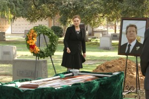 "BONES:  Emily Deschanel in the ""The Final Chapter:  The Grief and the Girl"" episode of BONES airing Tuesday, Feb. 21 (9:01-10:00 PM ET/PT) on FOX.  ©2017 Fox Broadcasting Co.  Cr:  Patrick McElhenney/FOX"