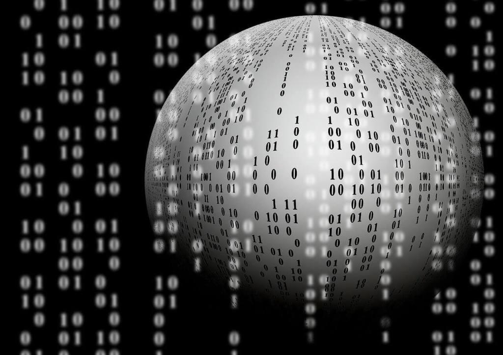 ما هو الفرق بين المعلومات والبيانات