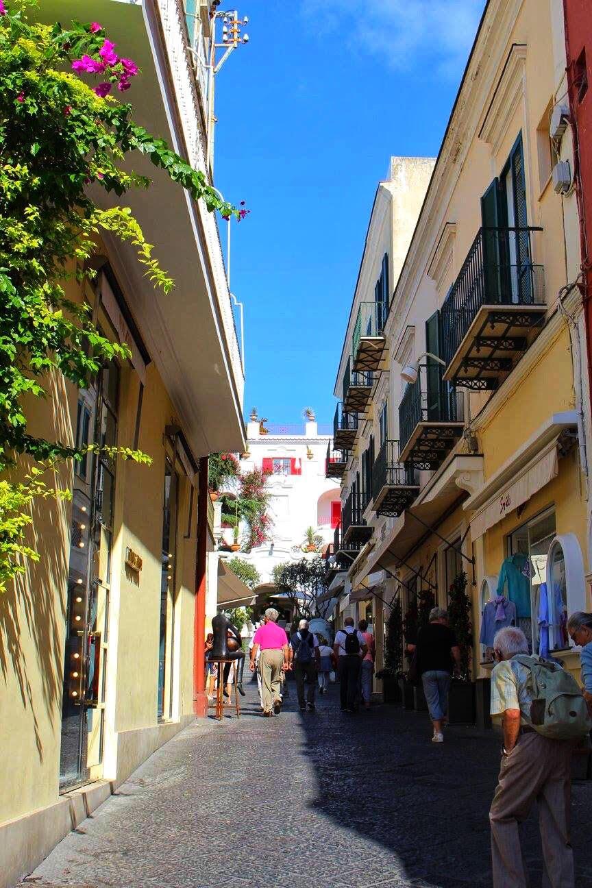 capri shopping street