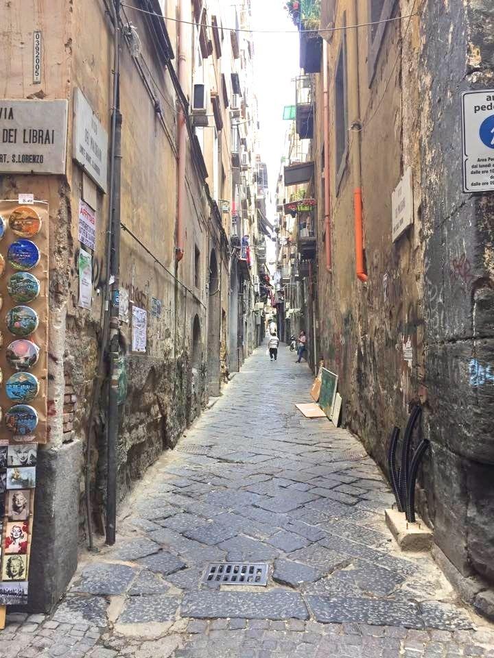 Best Pizza In Naples - L'Antica Pizzeria Da Michele - Naples Street Scene