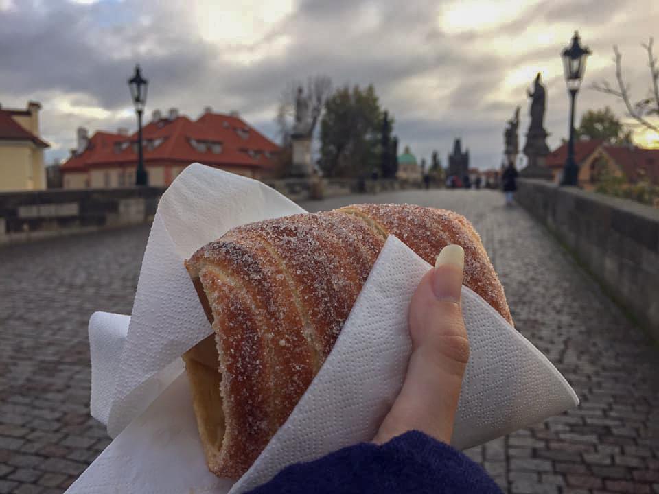 Trdelnik chimney cake on Charles Bridge in Prague