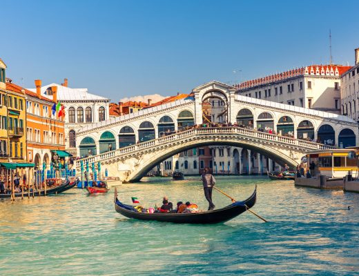 Virtual Tour of Italy: Tips for Visiting Italy from Home!