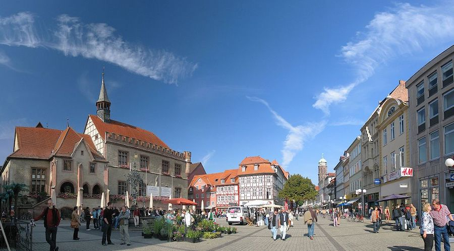 Goettingen marketplace with old city hall,