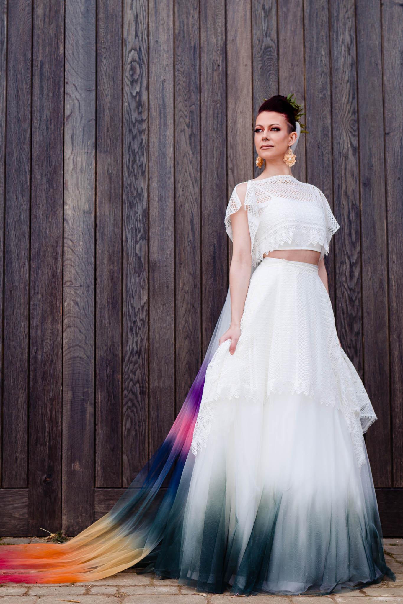 ombre bridal veil - ombre wedding dress - modern bridal wear - modern tropical wedding - modern wedding - modern bride - east midlands wedding planner