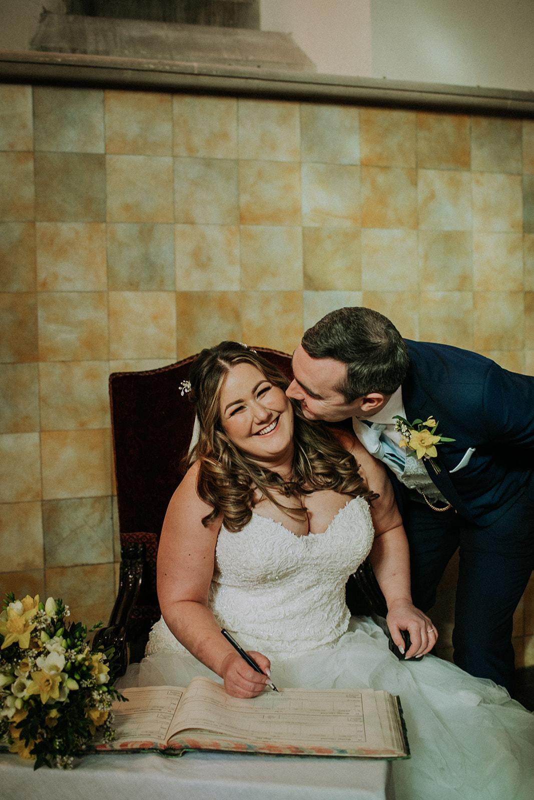 rutland wedding - fun wedding - east midlands wedding planner - Leicestershire wedding planning - nottingham wedding planning - bride and groom signing documents