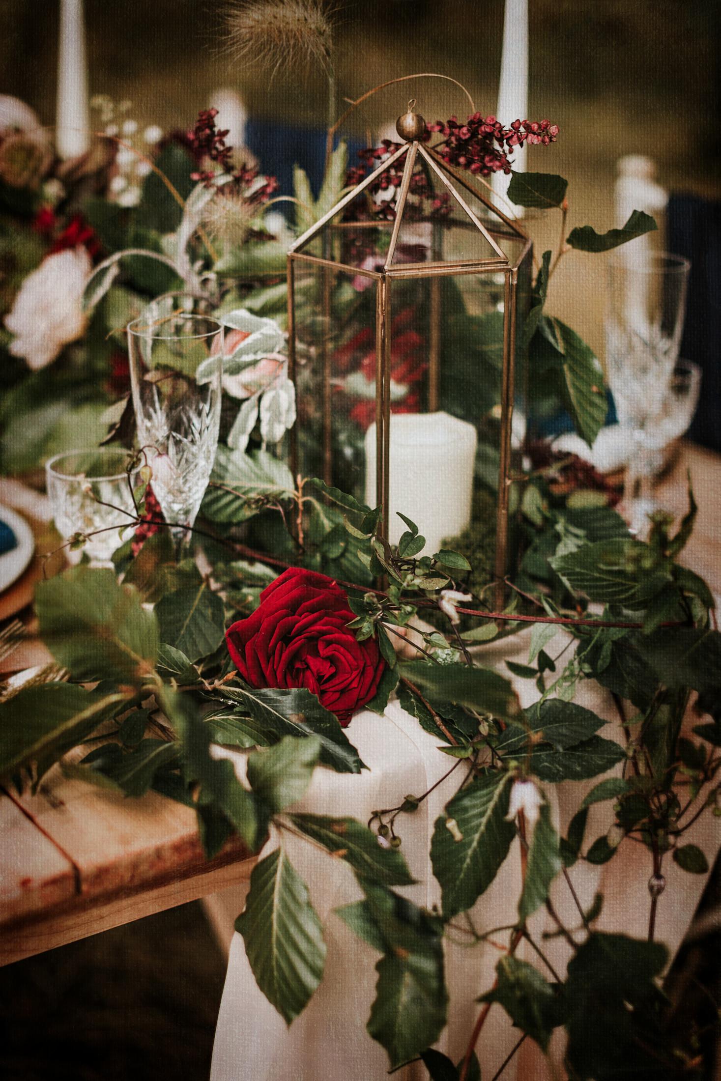 Woodland Wedding - nottingham outdoor wedding venue - east midlands wedding planner - opulent wedding flowers - luxurious wedding table styling