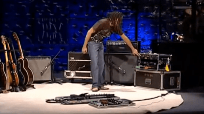 Delay Pedals for Worship: What you really need  - That Delay Pedal