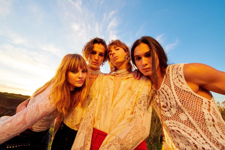 🇮🇹 TES Reviews: Glitzy glamour rock for Måneskin