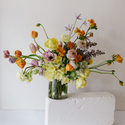 Seasonal Spring Arrangement | That Flower Shop | Mothers' Day