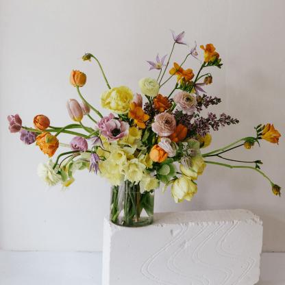 Seasonal Spring Arrangement | That Flower Shop | Mothers' Day