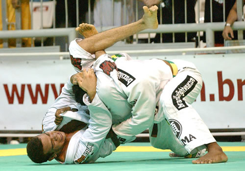 """dropping a triangle on his opponent - """"that's good jits"""""""
