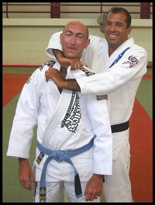 Royce Gracie (Helio's son) demonstrating a choke