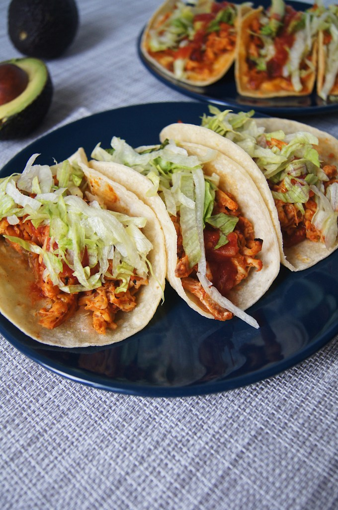 Rotisserie-Chicken-Tacos-no-cheese-finished on blue plate