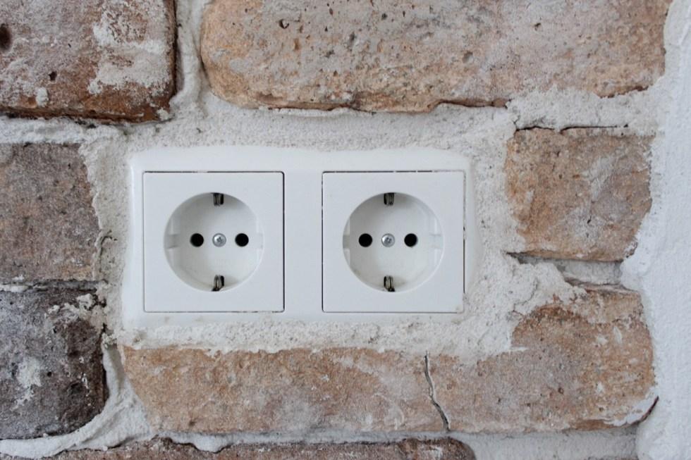 brickwall, oude muur, bakstenen muur, steenstrips, oude muur effect, Stonepress, keuken, keukenwand, keukeninspiratie, interieurinspiratie, thathomepage, (th)athomepage