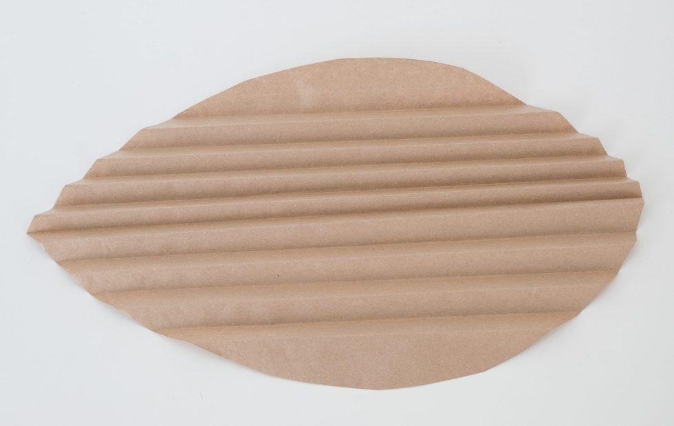papieren palmblad, palmblad van papier, diy palmblad, diy papieren palmblad, papieren palmbladeren, DIY, knutselen, interieurblog, interieurinspiratie, thathomepage, (th)athomepage, palmblad van cadeaupapier, kaftpapier palmblad