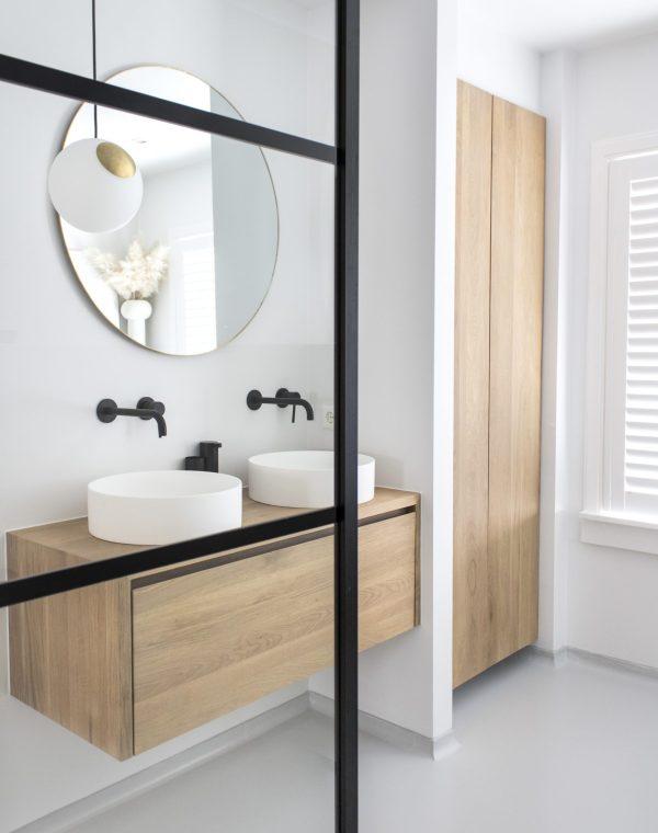 badkamer, badkamerinspiratie, badkamer verbouwen, gietvloer, gietvloer in de badkamer, gietvloer badkamer, elektrische vloerverwarming, elektrische vloerverwarming badkamer, interieurblog, interieurinspiratie, thathomepage, (th)athomepage