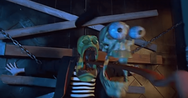 The Mask 1994 Cuban Pete Busts The Cops That Moment In