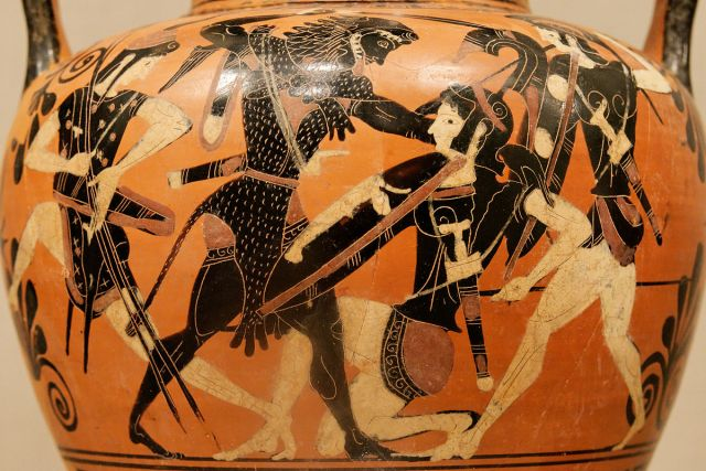 Vase with image of Hercules fighting the Amazons