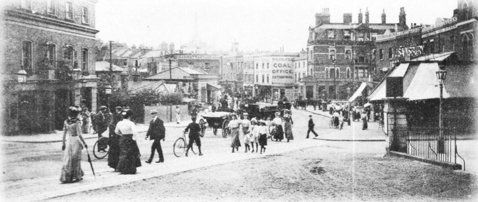 Black and white old photo of Blackheath, London