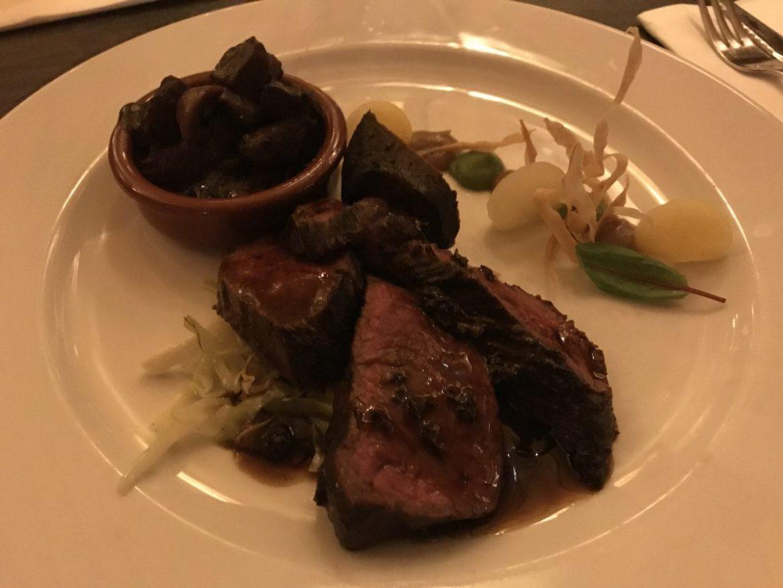 Ik ging in november uit eten. Biefstuk is altijd een goed idee.