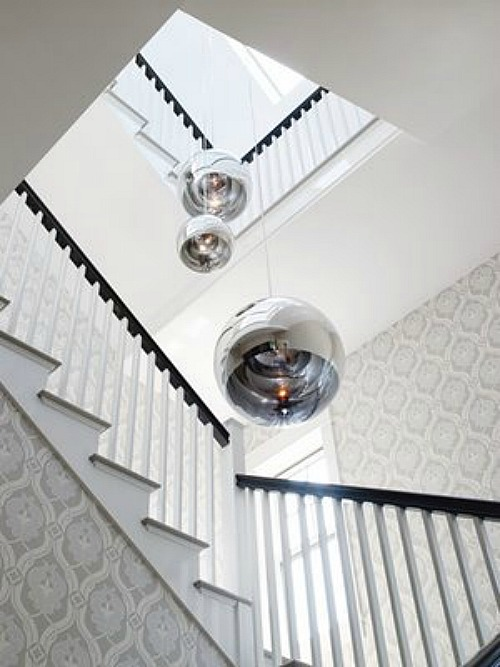 Gwyneth-Paltrow-Hamptons-staircase