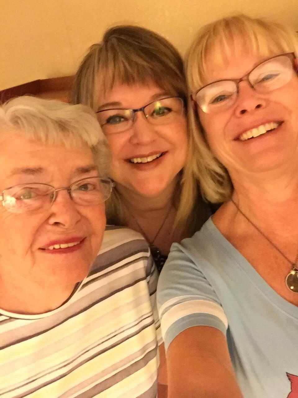 Mom, Sue, Kim Wyoming 2017