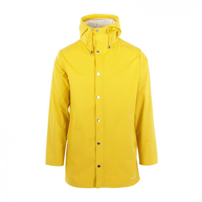 moodsofnorway_yellow_raincoat